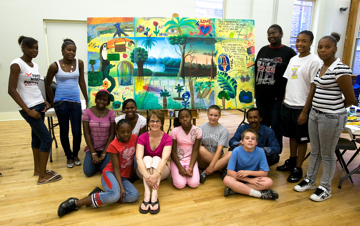Brazilian painter Totonho gives a workshop